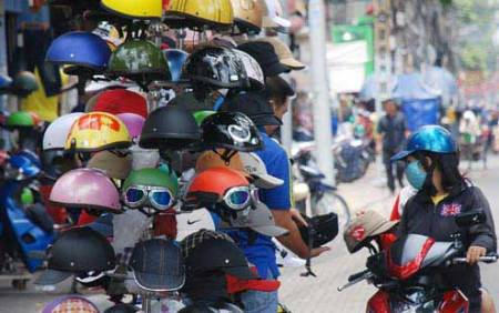 Substandard helmets proliferate cities