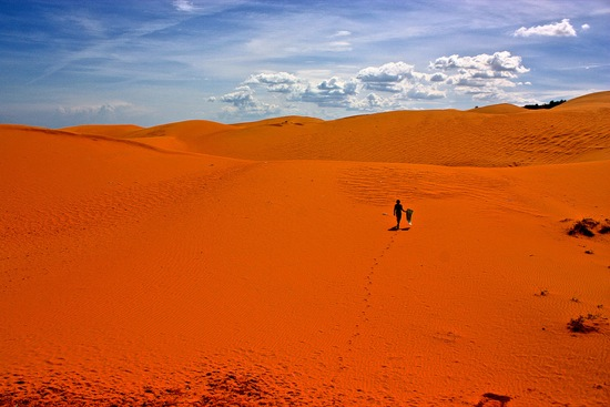 red sand dunes of Mui Ne