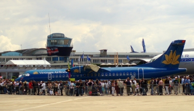 Vietnam Airlines to add 1,200 flights for Tet holiday