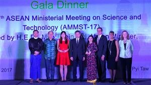 Female Vietnamese doctor wins 2017 ASEAN-US Science Prize for Women
