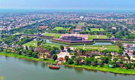 Hue to relocate homes to preserve heritage