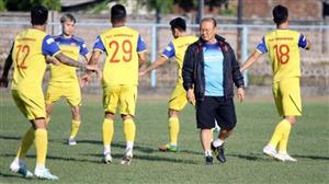 Coach Park names Vietnam's 23-man final roster for World Cup qualifier against Indonesia