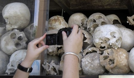 'Killing fields' victims await Khmer Rouge trial