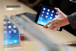Apple, Samsung to face off in court again on patents