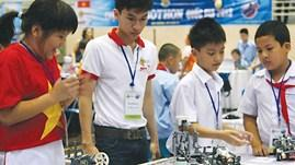 13 Vietnamese teams to head for int'l Robothon competition