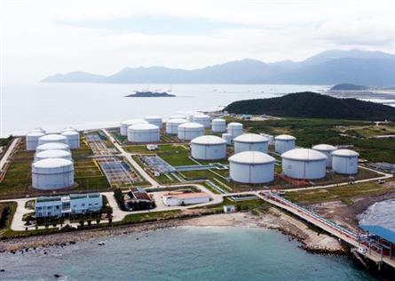 US, Japanese firms propose investments in Khanh Hoa LNG projects