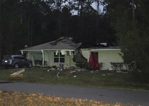 3 killed after plane hits home in the US.