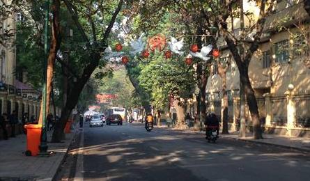 Hanoi falls quiet at start of New Year holiday