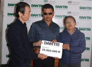 Dantri supports blind couple to carry out dream