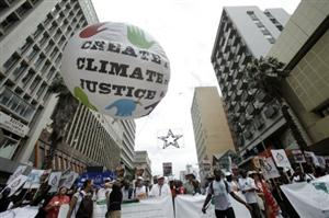 Climate talks bust-up feared despite dire warnings