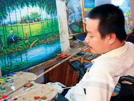 Painting potential: disabled Vietnamese artist inspires his peers