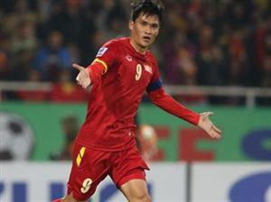 Two Vietnamese footballers selected in AFF Cup team of the tournament
