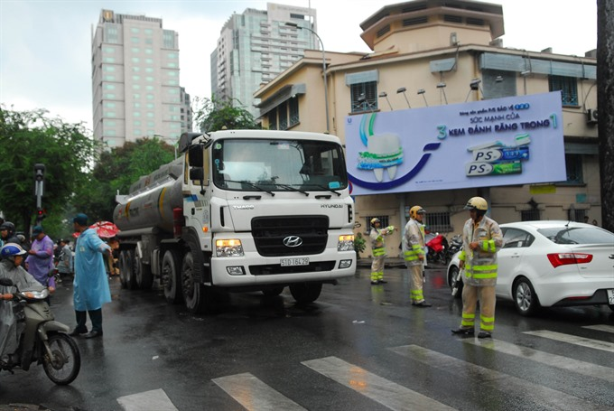 Illegal trucks cause increasing number of accidents in HCM City