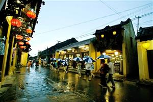 Hoi An ancient town celebrates Heritage Day