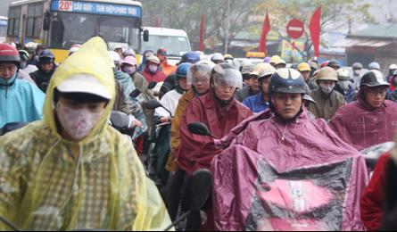 Traffic chaos resumes as Tet holidays wind down