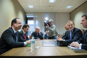 EU leaders face off over budget cuts at crucial talks
