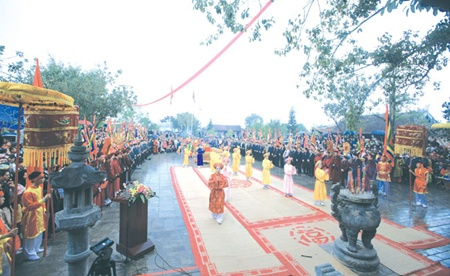Sacred festivals draw millions of pilgrims to renowned pagodas