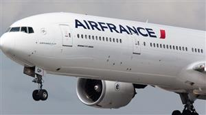 Vietnamese passengers oppose Air France's fare cancellation