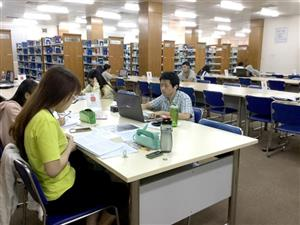 Many HCM City universities offer programmes in English
