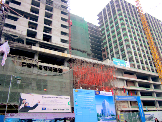 Real estate constructions delayed nationwide