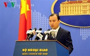 Vietnam resolutely protects national sovereignty