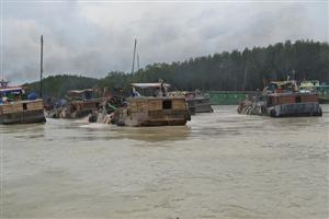 Four sand mining projects suspended in Đồng Nai