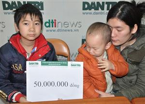 Poor orphan boy receives VND 1.2 billion in donations