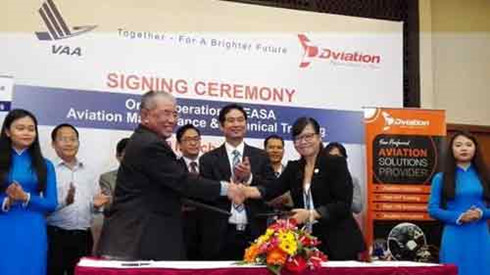 vietnam signs deal with malaysia academy for aviation training hinh 0