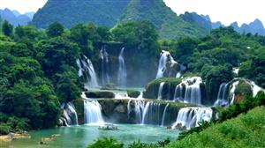 PM approves planning for Ban Gioc waterfall tourist site