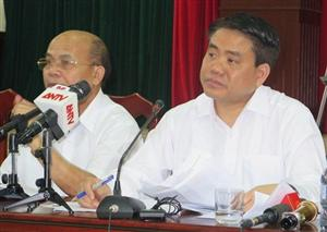 Hanoi leader holds dialogue with residents over land dispute