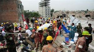 Death toll in Bangladesh building collapse tops 1,000