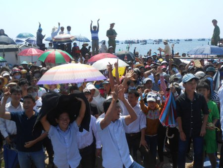 Rise in island tourism prompted by East Sea dispute