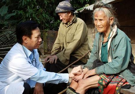Vietnam confronts challenge of caring for the elderly