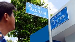 HCM City to use English on street signs