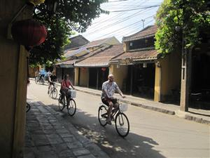 Hội An bicycle project wins global award