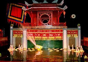 Thang Long Water Puppet Theatre introduces automatic ticketing