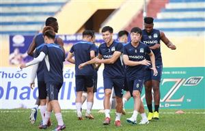 Football resumes after virus outbreak