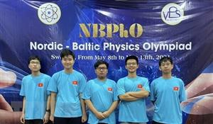 Hanoi students win medals at 2021 Nordic-Baltic Physics Olympiad