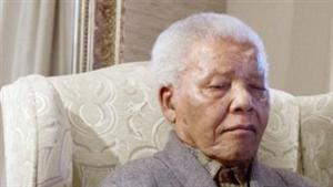 Nelson Mandela 'in critical condition'