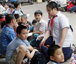 http://i.dtinews.vn/images/editor/images/lanhieu/62016/9/Croped/885_obesity_vietnam.jpg