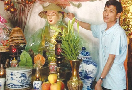 One-Pillar Pagoda set for renovations