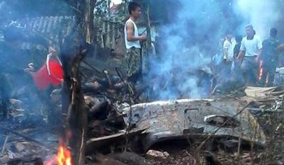 Helicopter crashes in Hanoi's outlying district