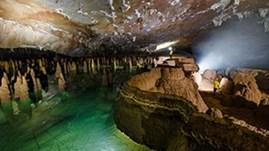 Quang Binh to open two caves to tourists