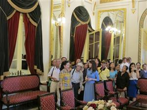 Tours to Opera House put on hold