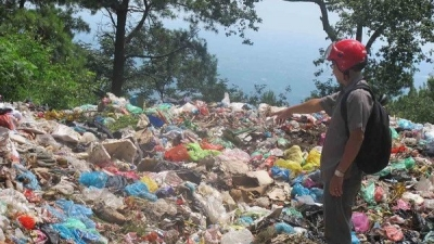 Hanoi needs VND3.5 trillion to treat solid waste by 2020
