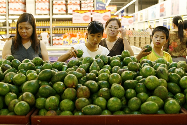 Nielsen: Vietnamese save most in the world