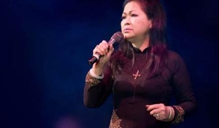 Veteran singer Khanh Ly to perform in Vietnam