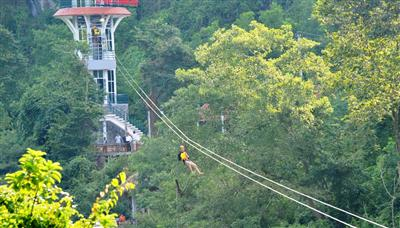 Ziplining to attract more tourists to Phong Nha-Ke Bang