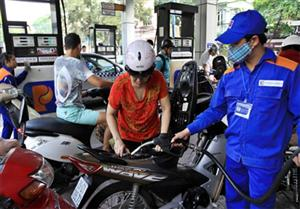 Fuel prices gain over 700 VND per litre