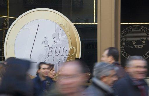 Eurozone slumps as France offsets German improvement